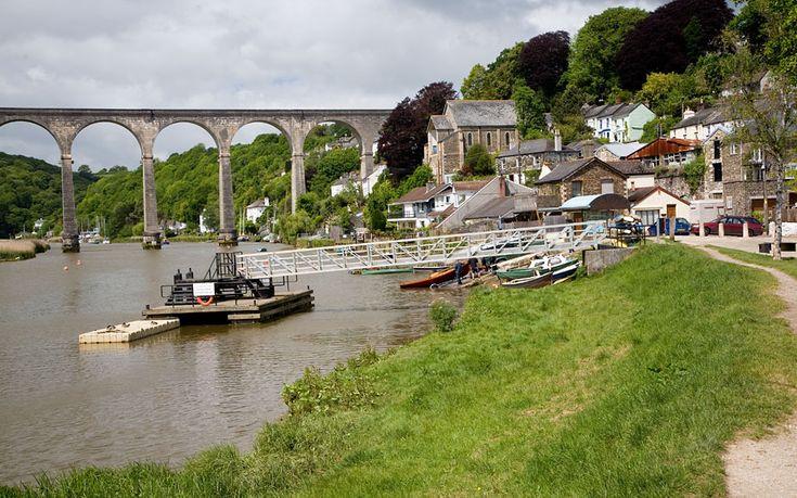 Calstock Riverside - Cornwall Guide Photos