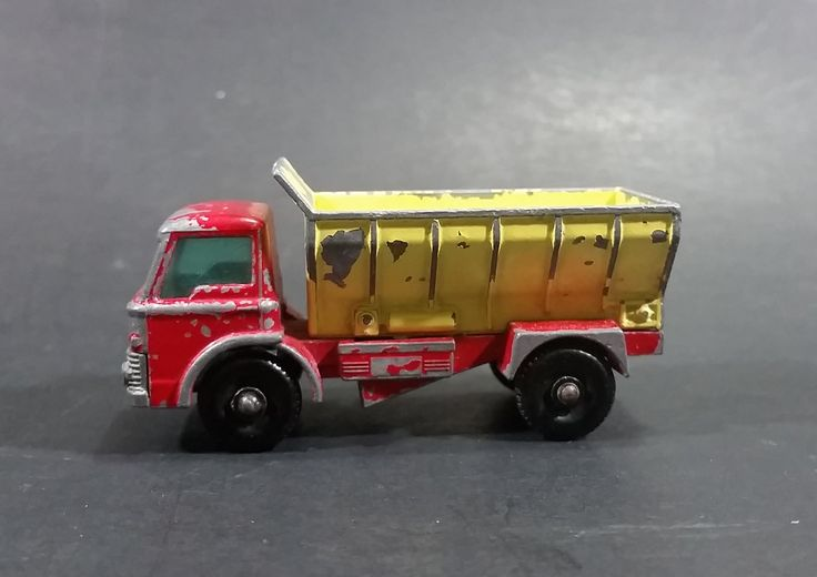 1966 Lesney Matchbox No. 70 Ford Grit Spreader Truck Die Cast Toy - Hole in Windshield https://treasurevalleyantiques.com/products/1966-lesney-matchbox-no-70-ford-grit-spreader-truck-die-cast-toy-hole-in-windshield #Vintage #1960s #60s #Sixties #Lesney #Matchbox #Fords #Grit #Spreader #Trucks #Dump #Roads #Roadways #Streets #Maintenance #Diecast #Toys #Cars #Vehicles #Automobiles