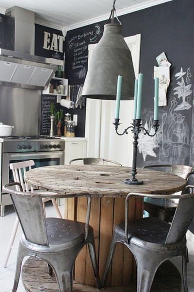 Wow schicker runder Esstisch aus Holz