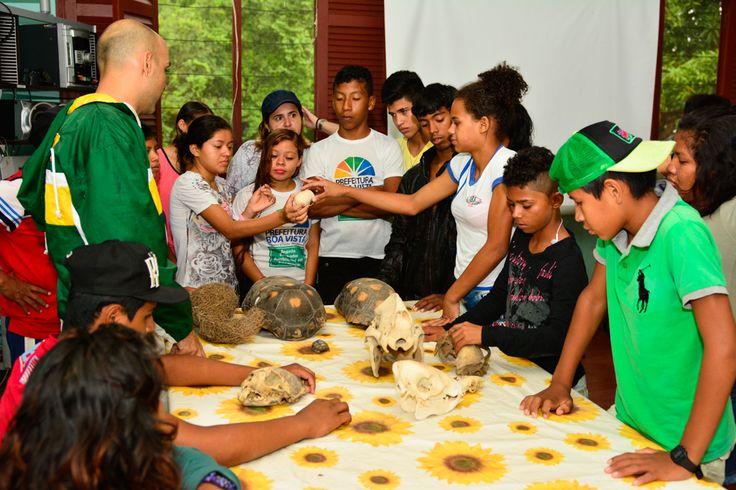 Prefeitura de Boa Vista adolescentes do Dedo Verde visitam a terceira maior ilha fluvial do planeta #pmbv #prefeituraboavista #boavista #roraima
