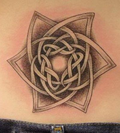 Love this design, plus the center looks almost like seeing a light at the end of a tunnel...love it.