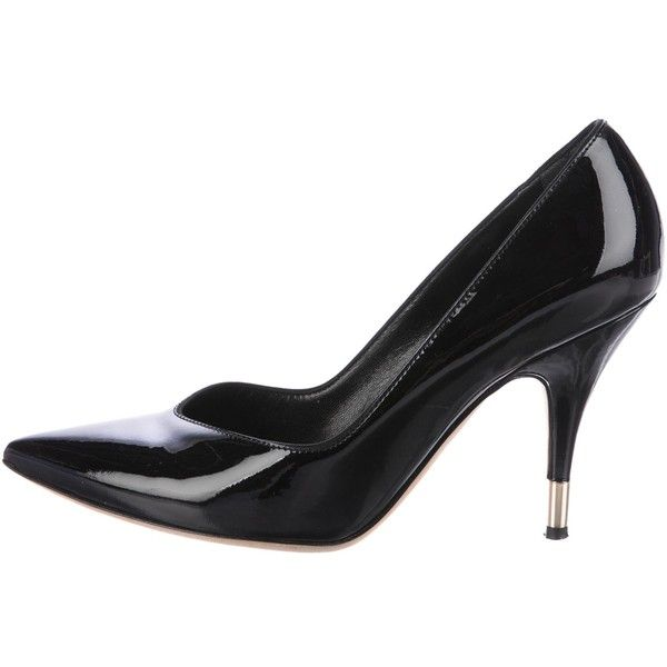 Pre-owned D&G Patent Leather Pointed-Toe Pumps (€54) ❤ liked on Polyvore featuring shoes, pumps, black, black patent leather shoes, patent leather pointed toe pumps, black shoes, black patent leather pumps and patent leather pumps