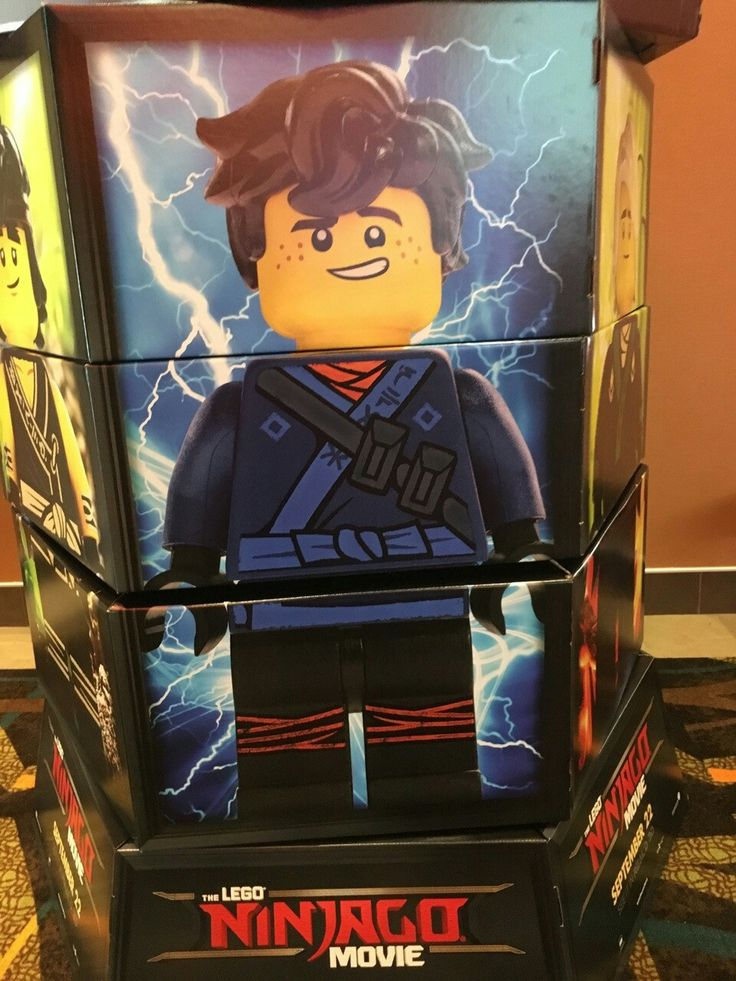 Oh yeah I saw one of these when I went and saw Dunkirk | Lego ...