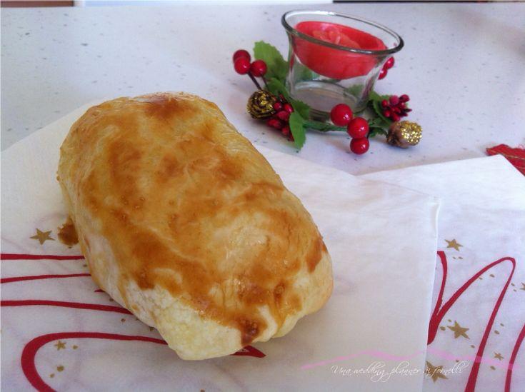 Gli involtini di verza e tonno in crosta possono essere un ottimo antipasto perfetto da servire anche nelle grandi occasioni.  Involtini di verza e tonno in crosta.  La ricetta completa la trovi qui --->  http://blog.cookaround.com/weddingplanneraifornelli/involtini-di-verza-e-tonno-crosta/