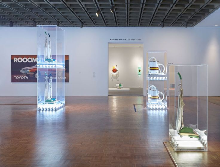 Installation view of Jeff Koons: A Retrospective (Whitney Museum of American Art, New York, June 27-October 19, 2014). © Jeff Koons. Photograph by Ronald Amstutz