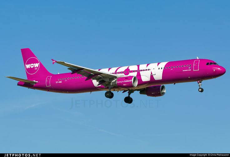 Airbus A321-211, WOW Air, TF-KID, cn 5681, 200 passengers, first flight 28.6.2013 (UTair Aviation), WOW delivered 2/2016. Active, for example 29.9.2016 flight Dublin - Reykjavik. Foto: London, United Kingdom, 13.9.2016.