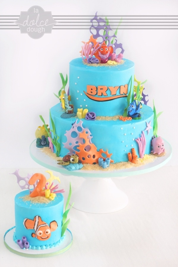 Cake Decorating Disney Characters : 9 best images about Nemo Cakes on Pinterest Novelty ...