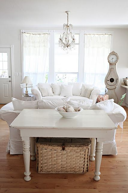 .Dreamy White, Living Rooms, Shabby Chic Furniture, Living Room Design, Livingroom, Sofas Tables, White Living Room, Chic Home Decor, White Room