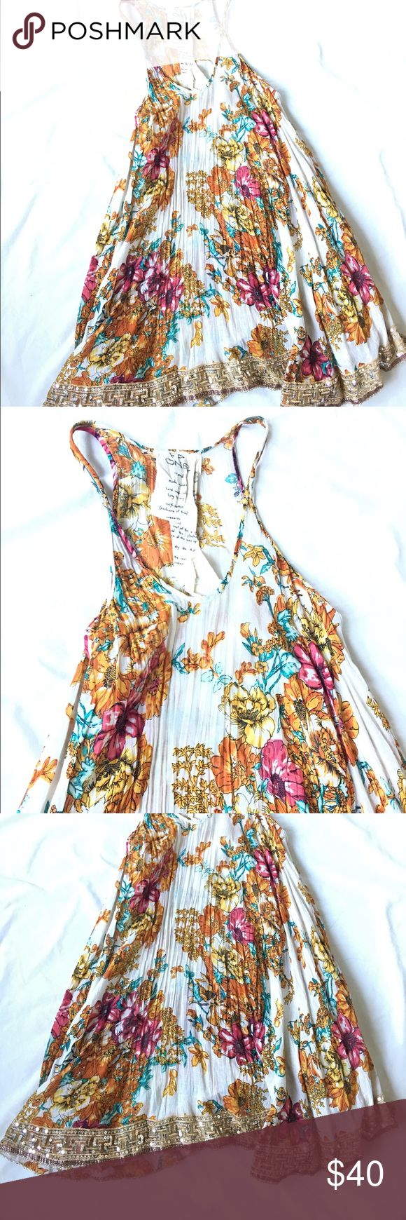 🎀Free people floral  Sequins Dress 🎀 🎀Free people floral  Sequins Dress 🎀 preloved in excellent condition | worn once | no stains | beautiful and flowy dress Free People Dresses Midi