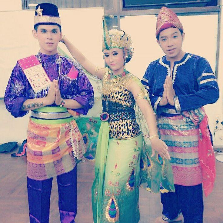 Indonesia's Traditional Dances (Malay & Sundanese)