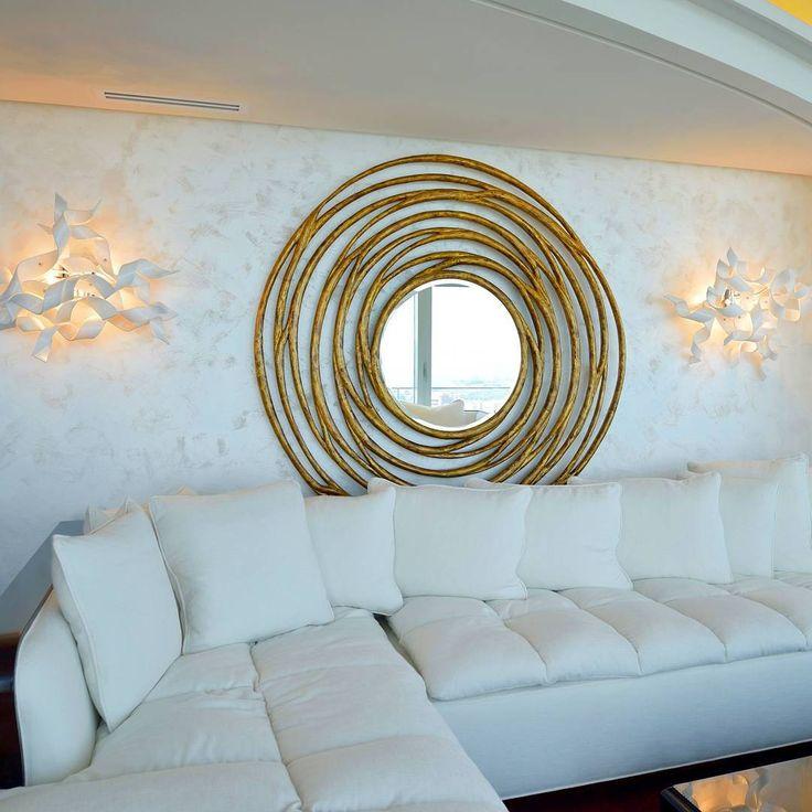 White mood!  #Chandelier #mirror #glass #luxury #light #design #architecture #decor