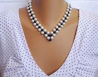 Black and White pearl necklace. Fekete és fehér tekla gyöngyös ékszerszett. szeszeekszer.hu