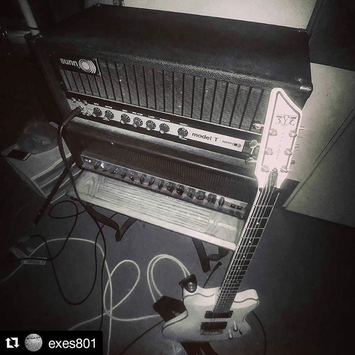 Team-up for doom! Lust For Life #baritone guitar and #Sunn #ModelT amp. Utah  #Repost @exes801  EP is done. Details to come. @thirdeyeguitars #sunnmodelt #lustforlife