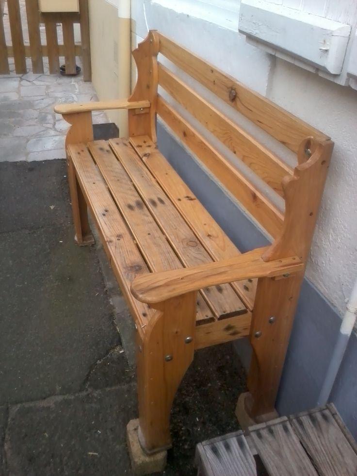 Banc réalisé avec seulement deux palettes / Bench with 2 pallets #PalletBench