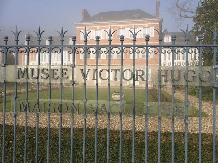 Comme 15.000 visiteurs chaque année, venez découvrir le Musée Victor Hugo - Maison Vacquerie, à Villequier : https://www.facebook.com/tourisme.cauxvalleedeseine/?fref=nf
