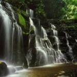cascadas Parque-Nacional-Natural-Los-Katíos. Colombia