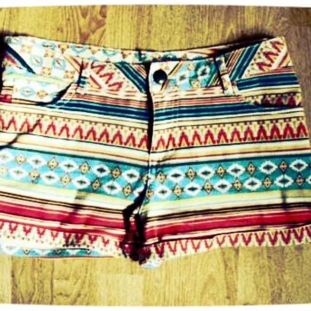 Tribal Print Shorts: Patterns Shorts, Boho Chic, Tribal Shorts, Cute Shorts, Aztec Shorts, Aztec Prints, Prints Shorts, Tribal Prints, Summer Shorts