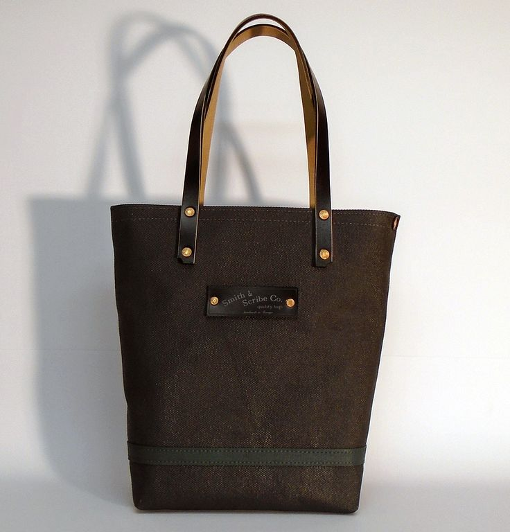 """Hand dyed slim cotton canvas tote bag - dark grey with black strap ● In case of order, please contact us with the following e-mail address: info@smithandscribeco.com ●  Size: 5,5"""" x 11"""" x 14,2"""" - American 14 cm x 28 cm x 36 cm - European ● #cottoncanvas #handdyedcanvas #1920's #1930's #1940's #premiumingredients #handmadeineurope"""