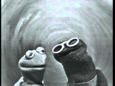 Jim Henson and Jane Henson performing Visual Thinking on Sam and Friends from the early 1960s.