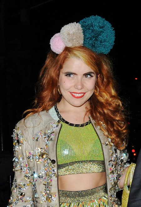 Paloma Faith - pom pom hair band / alice band - maybe a bit big for E, but the idea could work?