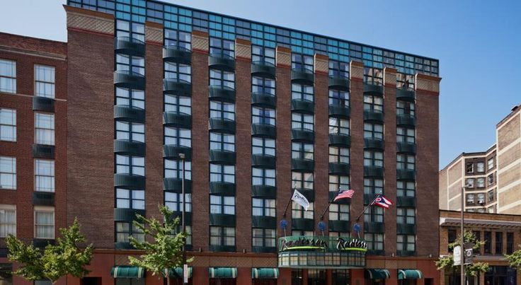 Radisson Hotel Cleveland Gateway This Is Located In Downtown And 2 Miles From The Rock Roll Hall Of Fame