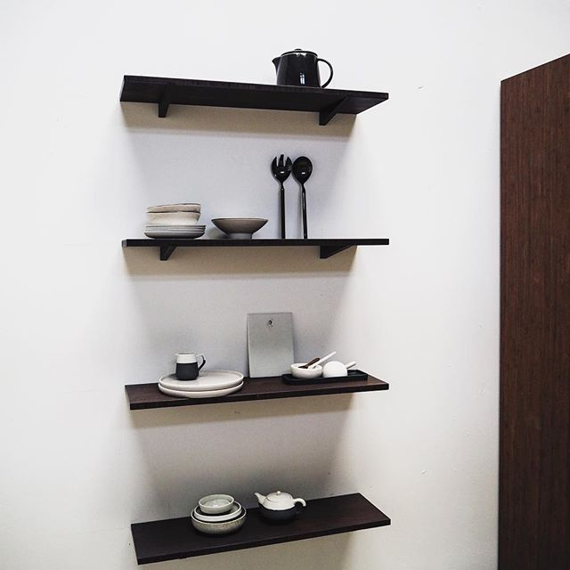 Looks like it is going to be a good day. #askogeng #shelfie #showroom