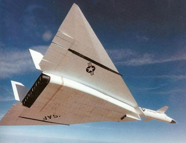 It was never meant to be.: Aerospace, North American, Stuff, Airplanes Now, Airplanes Helicópters, Aircraft, Xb70 Valkyrie, Favorite Planes
