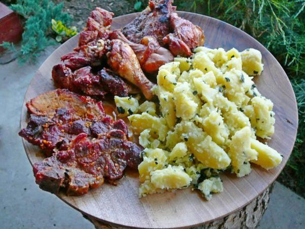 Lacipecsenye és tepsis hús