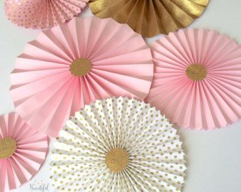 8 pc rosetas de color amarillo y Aqua Fans por BeautifulPaperCrafts