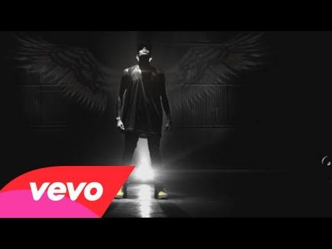 Chris Brown Feat. Aaliyah - Don't Think They Know - http://chicagofabulousblog.com/2013/06/26/chris-brown-feat-aaliyah-dont-think-they-know/