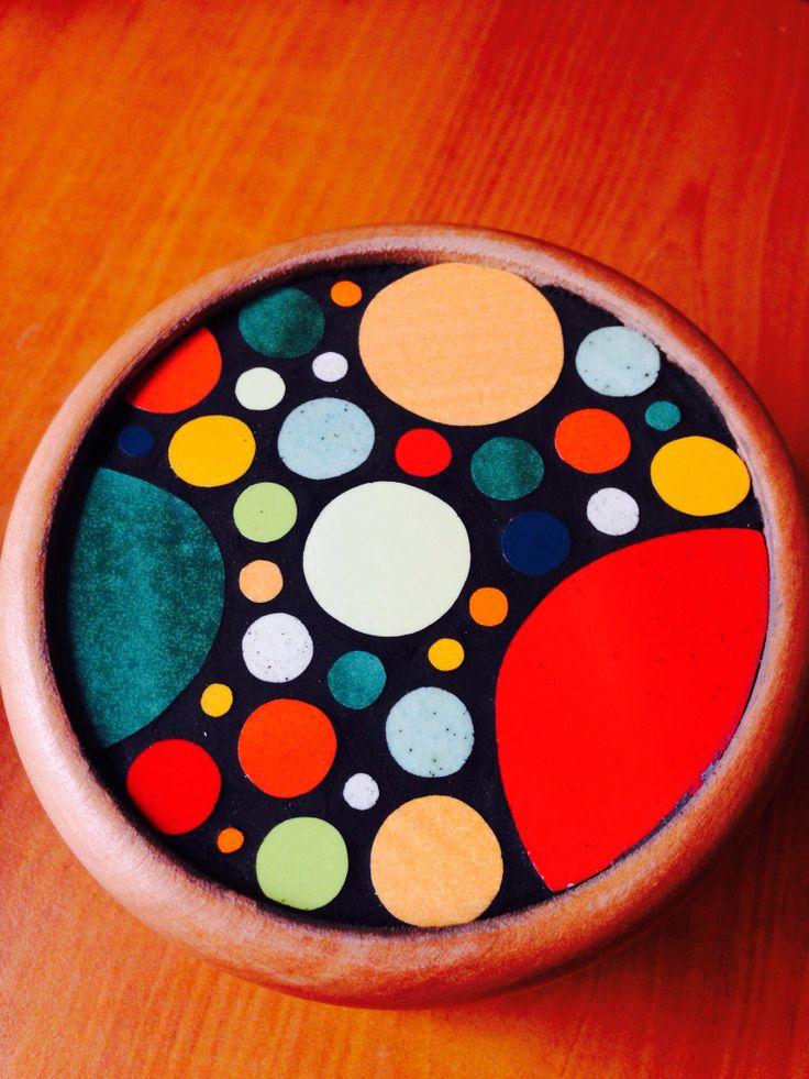 Tapa de cajita de madera con círculos, hecha x mi