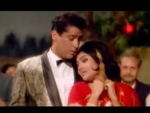 Badan Pe Sitare Lyrics – Fanney Khan (Anil Kapoor) Sonu Nigam
