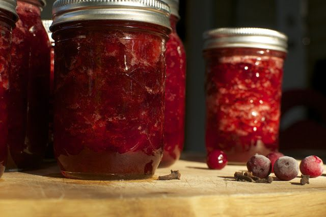 Cubit's Organic Living » Make Your Own Organic Cranberry Sauce {Enough for both Canadian Thanksgiving and Christmas}