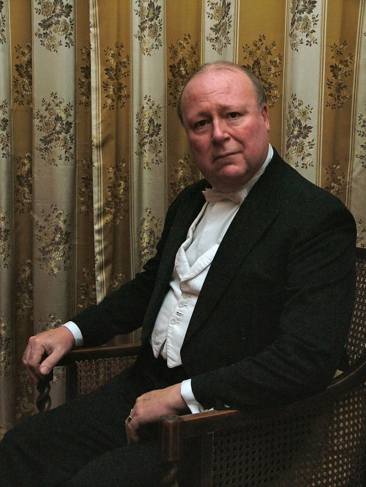 how does priestley present the character of arthur birling We will write a custom essay sample on explore how the theme of power is presented in 'an inspector calls  after mr birling, the next character the inspector questions is sheila although sheila is a young girl, she is of a high class, so she does therefore have some power  how does priestley present the theme of responsibility in.