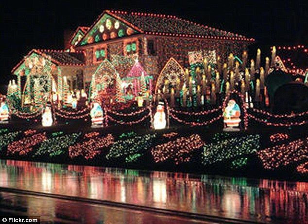 Consider These Halls Decked: The House With One MILLION Christmas Lights  (so How Much Does It Cost?) Part 87