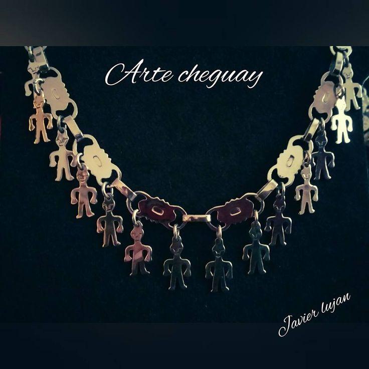 collar. trarilonko mapuche con colgantes de hombrecillos