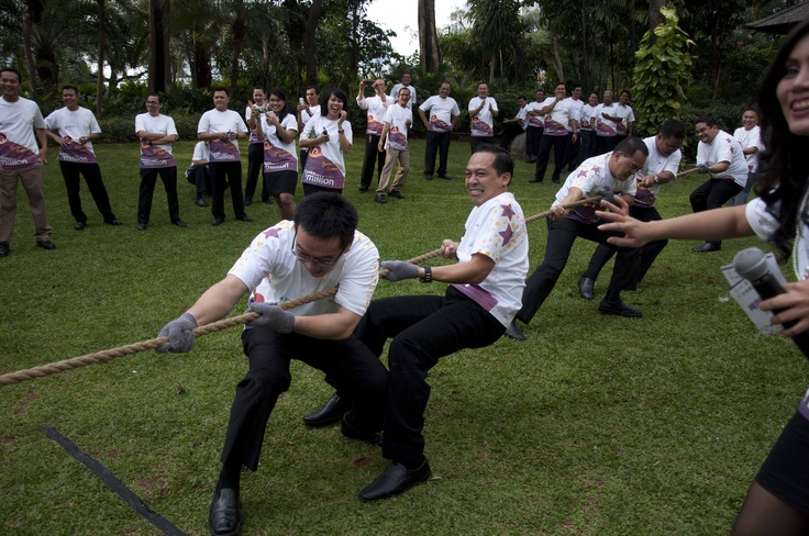 Tug of War Group B #InterContinental #Jakarta #Celebrate #Service #Week