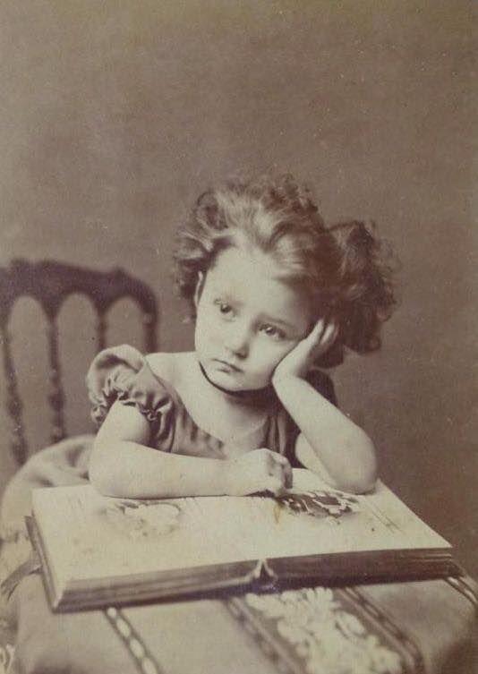Vintage little girl photo