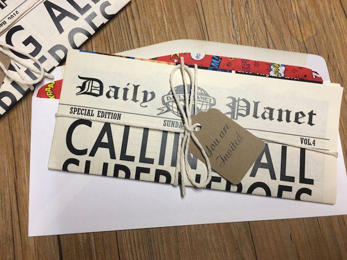 eine Einladungskarte in der Form von Zeitung Hochzeitszeitung Beispiele