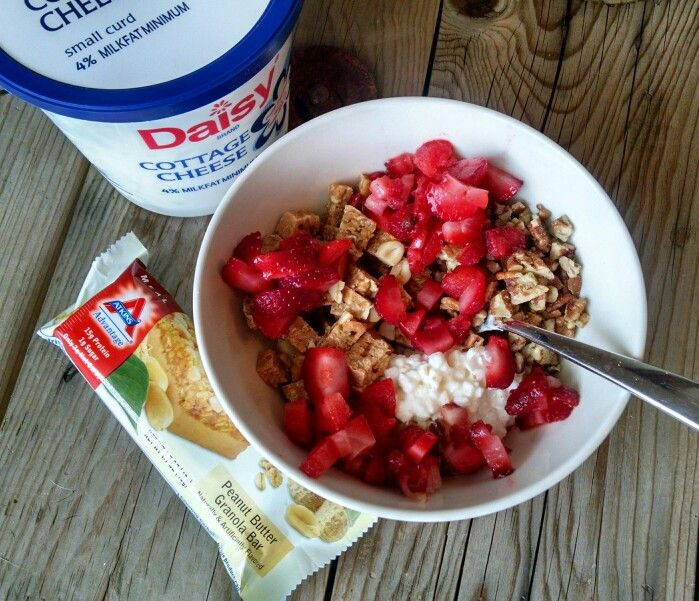 My Favorite Low Carb Breakfast! Itu0027s 1/4 Cup Daisy Brand Cottage Cheese +  3/4 Cup Crushed Pecans + 2 Diced Strawberries + 10 Grams (35oz) Of Bluebeu2026