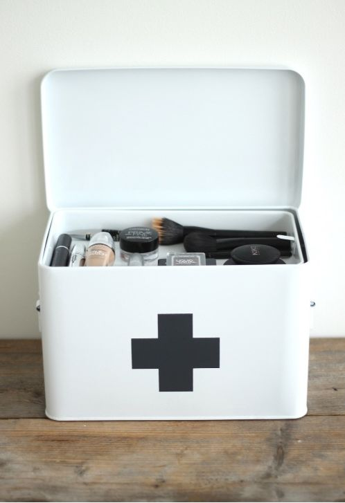 Perfect first aid kit, maybe change the cross to red or neon pink.