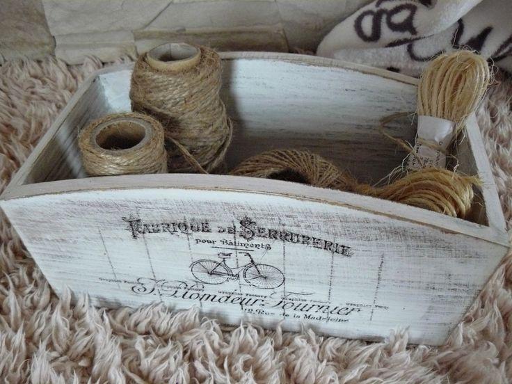 skrzynka, skrzyneczka na drobiazgi, wykonana w Pracowni A.D.Home, hand made, drewno, rękodzieło