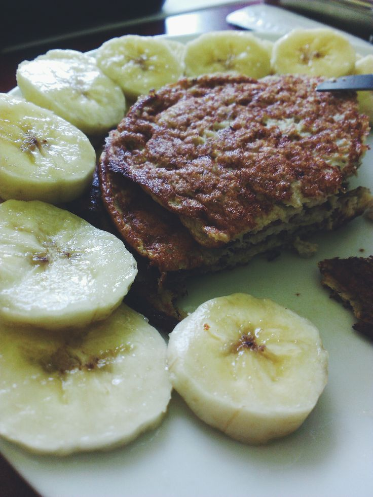 Paleo pancakes with banana