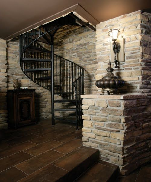 The 25 best panic rooms ideas on pinterest hidden panic for Safe room plans