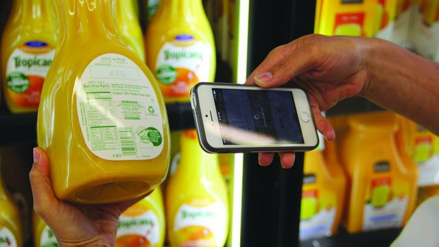 These 7 Mobile Apps Will Help You Find GMO and Additive-Free Foods