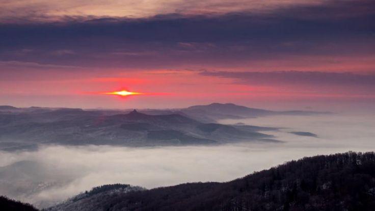 Így teltek az elmúlt a Salgótarjánra telepedő köd felett