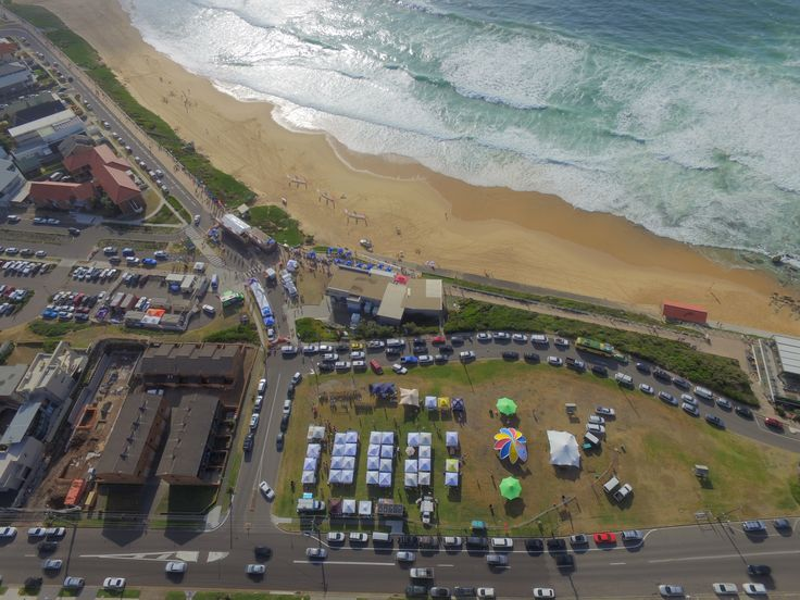 Yet more great images of our AXION flower and Stretch Tent.  Aerial images from #merewethersurfer from#surfest2016 #beatsnbarrels presented by #3peasmarkets