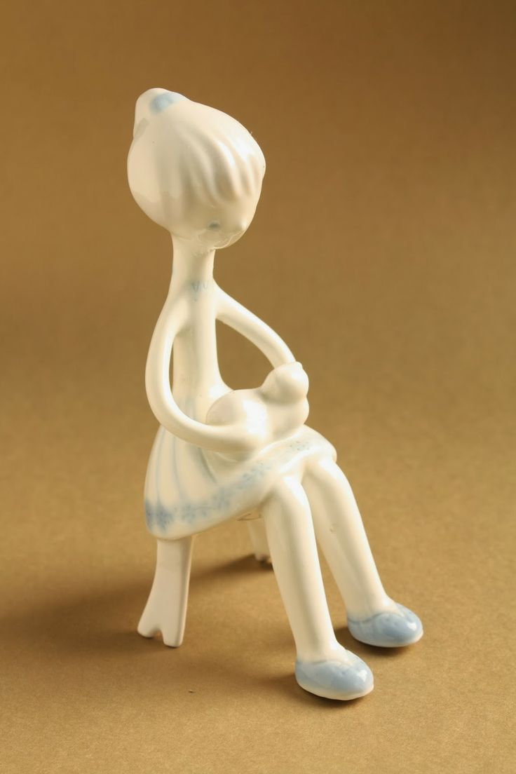 Art deco porcelain: Girl with cat - aquazur - Aquincum