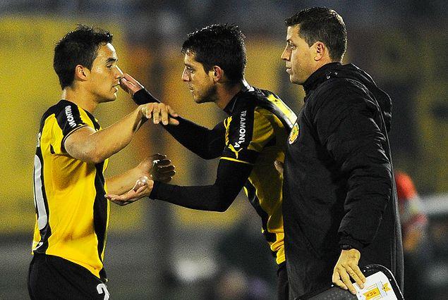 Andrés Rodales deja su lugar a Alejandro Silva en el equipo.
