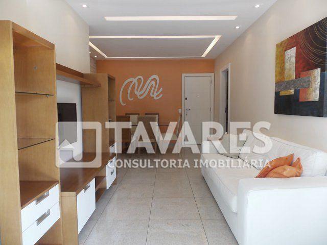 Lindo apartamento, em andar alto, com incidência do sol da manhã e linda vista para a Pedra da Gávea, com projeto de iluminação, finamente decorado.  3 Quartos | 1 Suíte | 2 Vagas de Garagem | 111 m²  #RioDeJaneiro #BarraDaTijuca #JTavares #JTavaresBarraDaTijuca #ImoveisDeLuxo #Imóveis #Imóvel ##Imoveldeluxo #Altopadrao #Altopadrão #Altopadraorj #Altopadrãorj #Apartamento #Apartamentos #Apartamentorj #Apartamentoavenda #Apartamentotop #FinamenteDecorado #AndarAlto #VistaPedraDaGávea…
